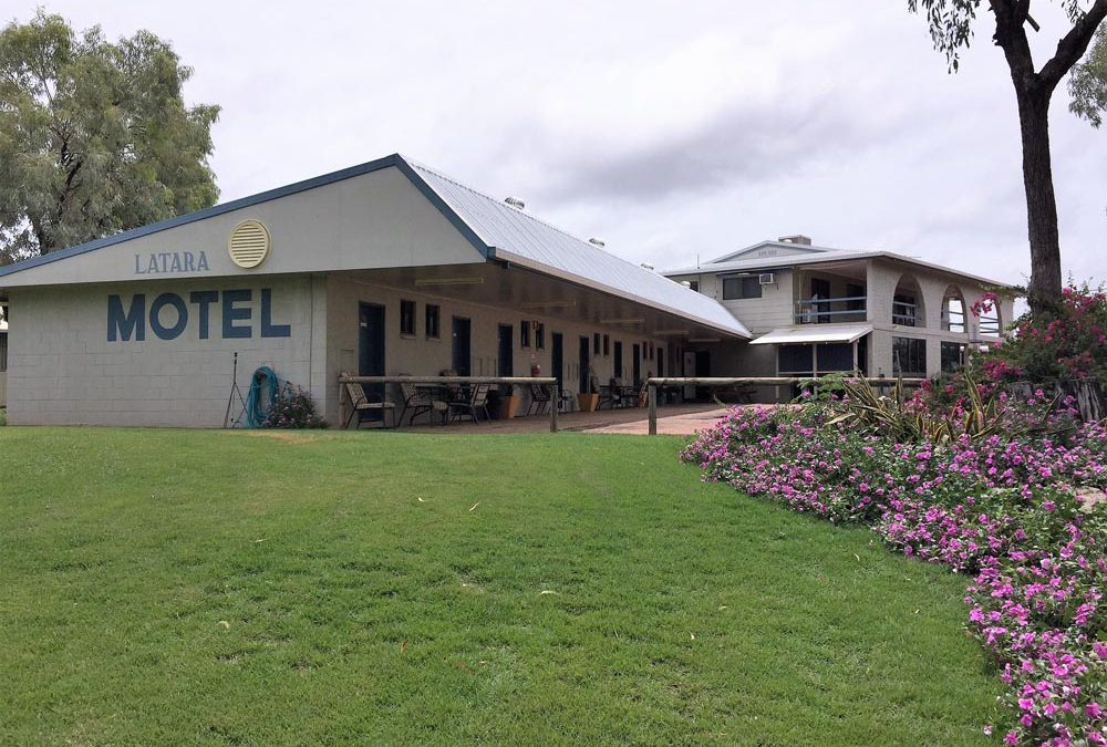 Latara Resort Motel